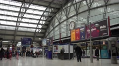 4K Tourist people prepare journey main train station hall Liverpool central trip Stock Footage