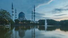 Time lapse of night to day of shah alam mosque Stock Footage