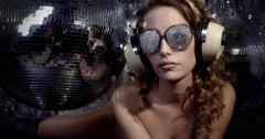 4k silver sexy babe crystals sunglasses diva party disco woman Stock Footage