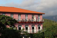 Stock Photo of Cuba, Vinales, red house