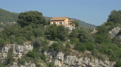 House on a cliff at Tourrettes-sur-Loup Stock Footage