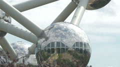 Tilt view of the Atomium in Brussels Stock Footage