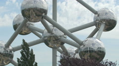 Tilt up view of the Atomium in Brussels Stock Footage