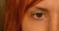 Beauty eye blinking makro close up Stock Footage