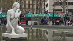 4K Beautiful statue Catalonia Square touristic bus station Barcelona attraction  Stock Footage