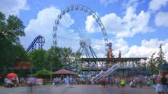 Ferris wheel in an amusement park Divo Ostrov in Saint-Petersburg Stock Footage
