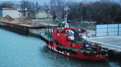 Red tug berth Stock Footage