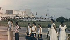 Aruba 1955: people waiting for Queen Juliana at the airport Stock Footage