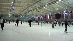 Mass skating in the sports complex. Stock Footage