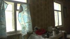 Abandoned rustic home in the city   Stock Footage