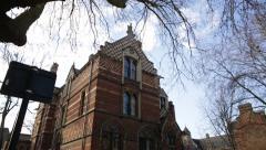 Oxford University brick campus tilt, England, Europe Arkistovideo