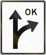 United States MUTCD regulatory road sign - Right turn allowed Stock Illustration