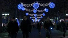Night walk on Große Bockenheimer Straße on Christmas, Frankfurt Stock Footage