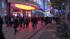People walking and a street vendor on Zeil street at  Christmas, Frankfurt Stock Footage