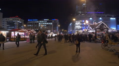 People on An der Hauptwache at the Christmas market in Frankfurt Stock Footage