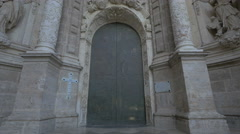 View of Valencia Cathedral's front door in Valencia Stock Footage