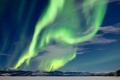 Spectacular Aurora borealis Northern Lights Kuvituskuvat