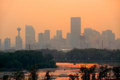 Calgary skyline silhouette in Alberta, Canada. Kuvituskuvat