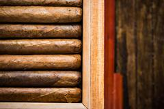 Overhead view on humidor with cigars Kuvituskuvat