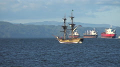 Lady Washington sails the Mighty Columbia River Stock Footage