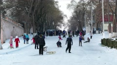 Time lapse sledging in city. Arkistovideo