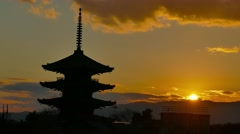 Sunset at Yasaka pagoda, Kyoto, Japan Stock Footage