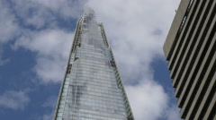 Low angle view of the modern Shangri-La Hotel in London Stock Footage