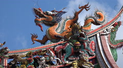 A colorful statue of a Chinese dragon on the Longshan temple in Taipei, Taiwan Stock Footage