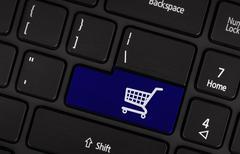 E-commerce and online shopping concept Kuvituskuvat