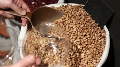 Buying Pinto beanswith sound Stock Footage