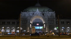 Walking and driving by the Central Station on Christmas in Nuremberg Stock Footage