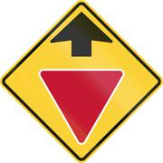 United States non-MUTCD-compliant road sign - Yield ahead Stock Illustration