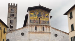Mosaics on Bascilica of San Frediano, Lucca, Italy Stock Footage