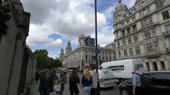 Tourists walking on Bridge Street in London Stock Footage