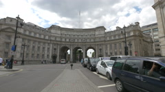 Traffic near The Admiralty Arch in London Stock Footage