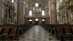 Amazing view of the interior of Saint Jacob Cathedral in Innsbruck Stock Footage