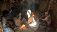 Herat, glassblower, Afghanistan (2).mp4 Stock Footage