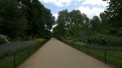 View of an alley in Kensington Gardens in London Stock Footage