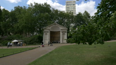 Relaxing near Queen Anne's Alcove in London Stock Footage