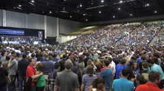 Crowd At Bernie Sanders Rally Arkistovideo