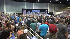 Crowd Doing The Wave At Bernie Sanders Rally 01 Arkistovideo