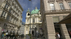 St. Peter's Church (Peterskirche) seen from Graben in Vienna Stock Footage