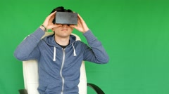 Guy with glasses VR - 3D - green screen Stock Footage