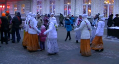 Women dancing and singing Hare Krishna Stock Footage