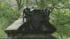 Angels sculpture on top of a tombstone at Greyfriars Kirkyard, Edinburgh Stock Footage