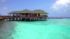 Small Maldivian restaurant on the shores of the Indian ocean. Stock Footage