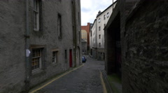 Robertson's Close near Cowgate street in Edinburgh Stock Footage