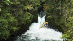 Raft capsizing on new zealand's kaituna river Stock Footage