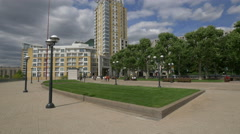 Walking and relaxing in Westferry Circus in London Stock Footage