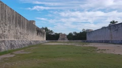Ballgame court chichen itza mayan site Stock Footage